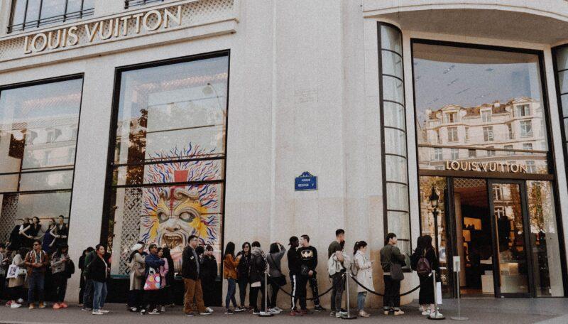 Not just selling machines (Photo by Melanie Pongratz on Unsplash)